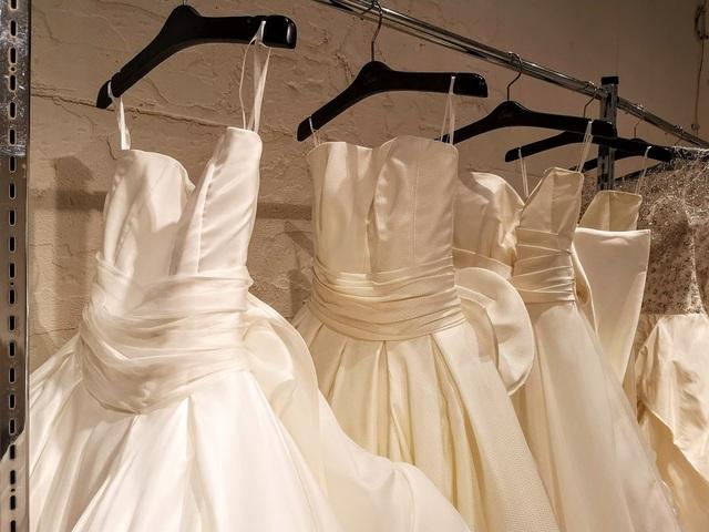 アントニオリーヴァのドレスのお問合せ ドレス探しの旅(101)
